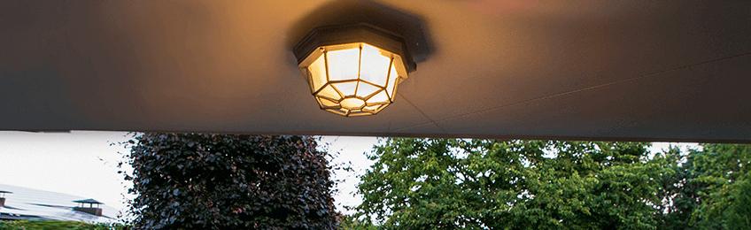 Kültéri mennyezeti lámpa