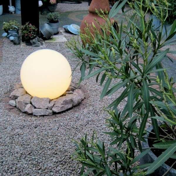 Kültéri-lámpa-földi-tüskével-50-cm-IP44---Gömb
