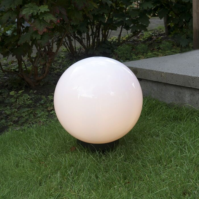 Modern-kültéri-lámpa-30-cm-es-földcsővel,-IP44---Gömb