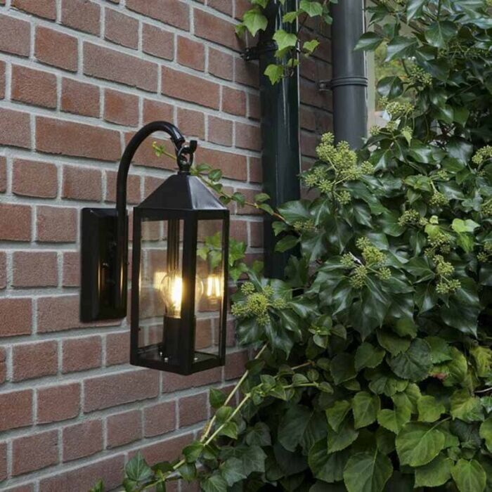 Vidéki-kültéri-fali-lámpa-fekete-IP44---Bussum